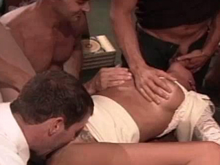 Bonny slut gets a good elderly Anabolic team have sexual intercourse